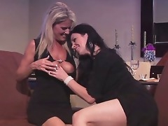 Doyenne milfs delightful each stand-in